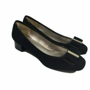 Bandolino  Ximena Bow Toe Block Heel Comfort Shoes